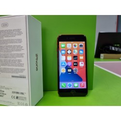 Apple iPhone 7 (32GB)...